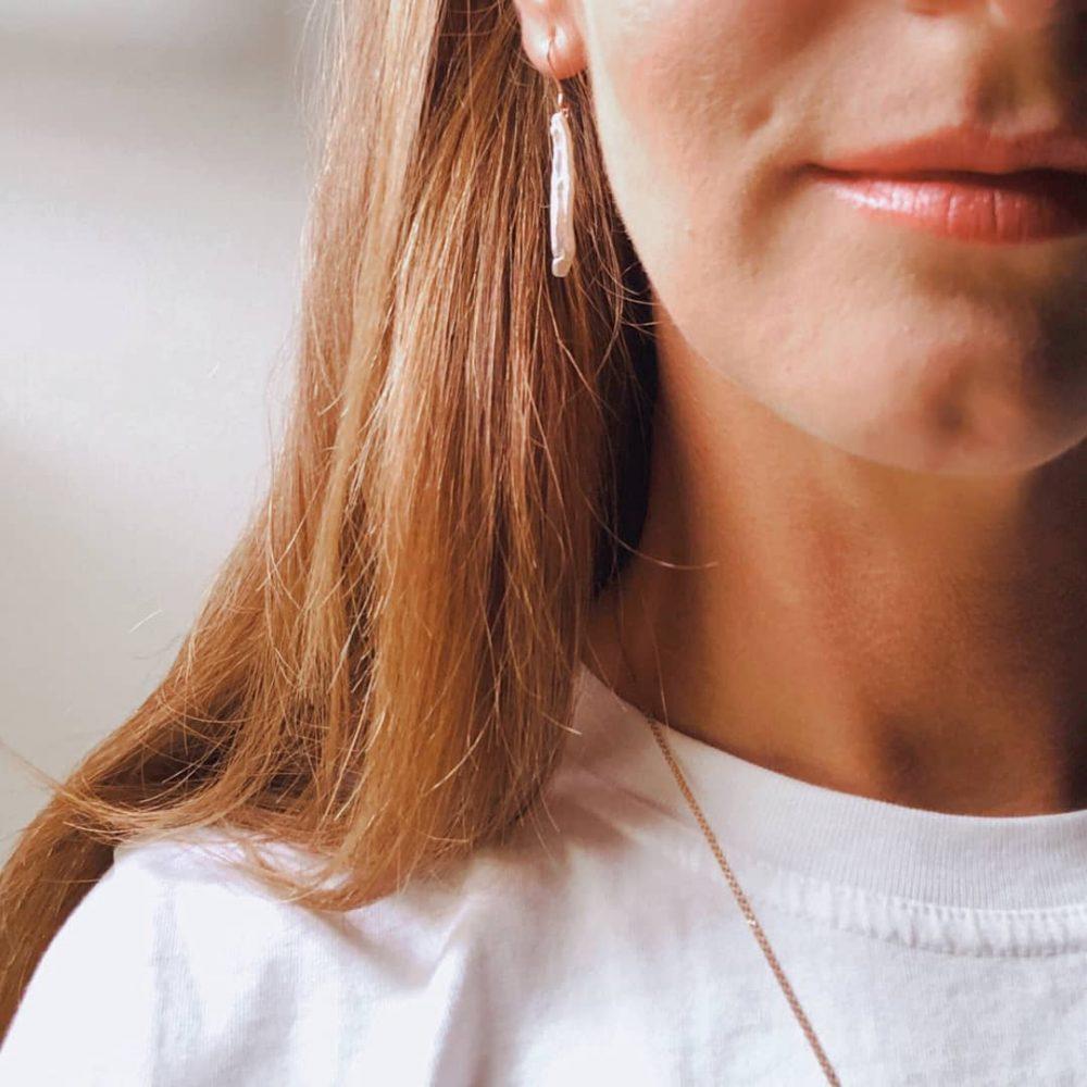 Biwa-Perlen Ohrhänger