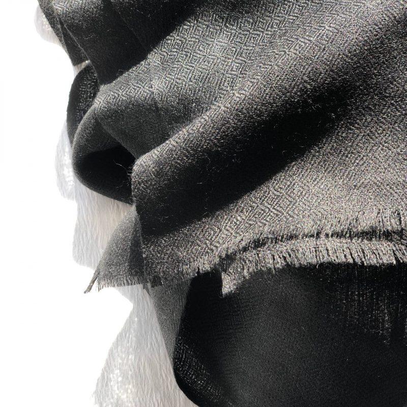 schwarz traditionell Kaschmirschal