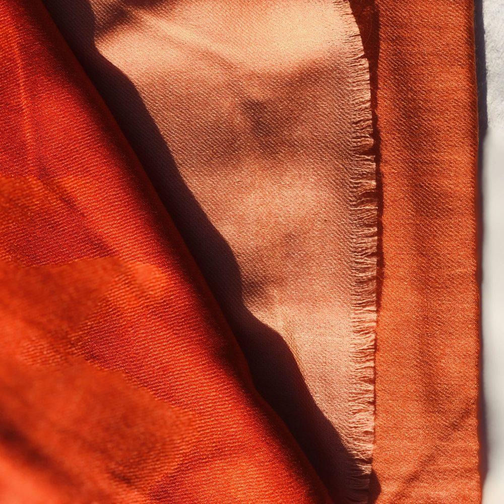 Apfelsine handgewebter, 2-farbiger Kaschmirschal nach indischer Tradition