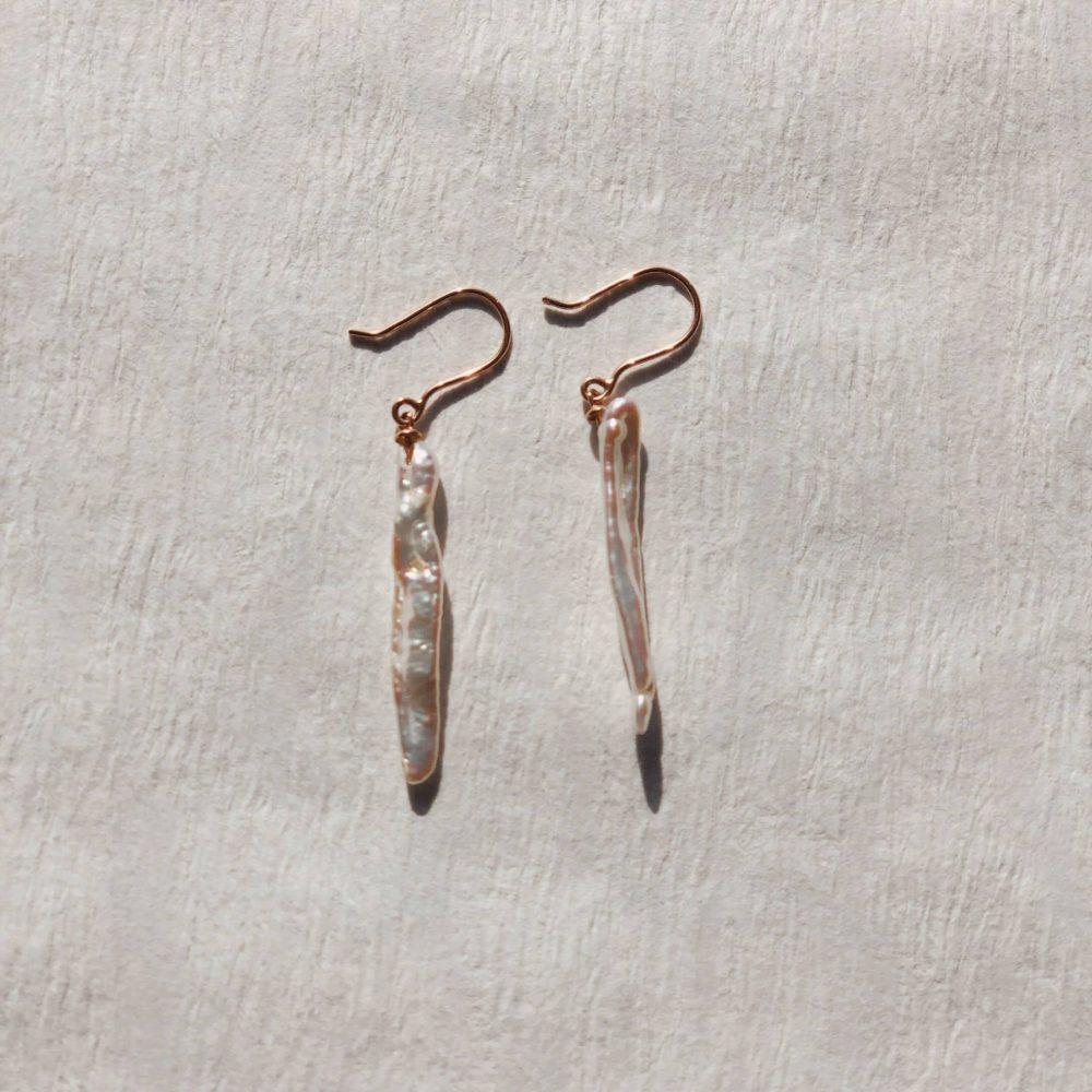 Biwa Perlen Ohrring